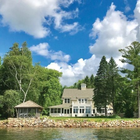 Lake home and cabin pest control services
